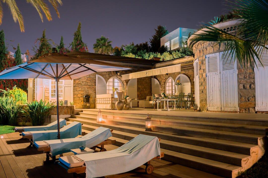 villa paradiso pool luxury rehab tunisia